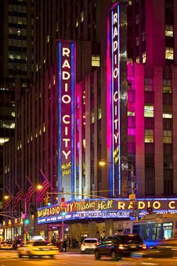 Radio City Music Hall - Manhattan - New York City - United States by Philippe Hugonnard
