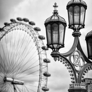 Royal Lamppost UK and London Eye - Millennium Wheel - London - England - United Kingdom - Europe by Philippe Hugonnard