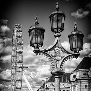Royal Lamppost UK and London Eye - Millennium Wheel - London - UK - England - United Kingdom by Philippe Hugonnard