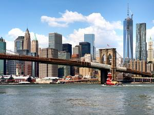 Skyline of NYC with One World Trade Center and East River, Manhattan and Brooklyn Bridge, US by Philippe Hugonnard