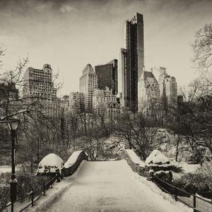 Snowy Gapstow Bridge of Central Park, Manhattan in New York City by Philippe Hugonnard