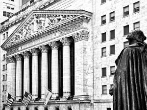 Statue of George Washington, New York Stock Exchange Building, Wall Street, Manhattan, NYC by Philippe Hugonnard