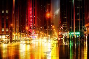 Urban Stretch Series - The Radio City Music Hall by Night - Manhattan - New York by Philippe Hugonnard