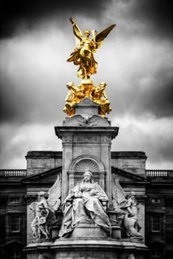 Victoria Memorial at Buckingham Palace - London - UK - England - United Kingdom - Europe by Philippe Hugonnard