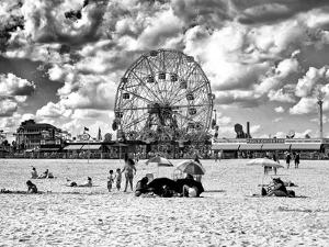 Vintage Beach, Black and White Photography, Wonder Wheel, Coney Island, Brooklyn, New York, US by Philippe Hugonnard