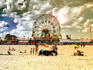 Vintage Beach, Wonder Wheel, Coney Island, Brooklyn, New York, United States by Philippe Hugonnard