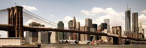 Vintage Panoramic, Skyline of NYC, Manhattan and Brooklyn Bridge, One World Trade Center, US by Philippe Hugonnard