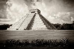 ¡Viva Mexico! B&W Collection - El Castillo Pyramid VII - Chichen Itza by Philippe Hugonnard