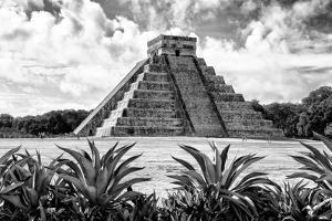 ?Viva Mexico! B&W Collection - Pyramid of Chichen Itza VII by Philippe Hugonnard