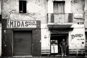 ¡Viva Mexico! B&W Collection - Taller Joyeria - Puebla by Philippe Hugonnard