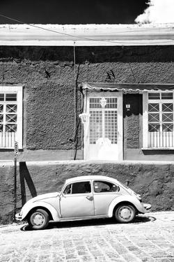 ¡Viva Mexico! B&W Collection - VW Beetle Car by Philippe Hugonnard