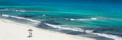 ¡Viva Mexico! Panoramic Collection - Blue Ocean and White Beach - Cancun by Philippe Hugonnard