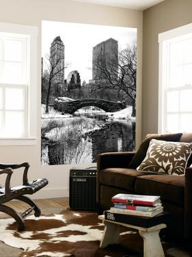 Wall Mural - Snowy Gapstow Bridge of Central Park - Manhattan - New York - USA by Philippe Hugonnard