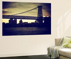 Wall Mural - The Williamsburg Bridge at Nightfall - Brooklyn - New York by Philippe Hugonnard