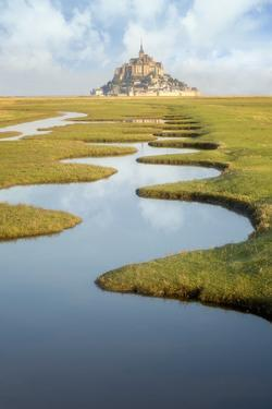 Curves of Mont Saint Michel by Philippe Manguin