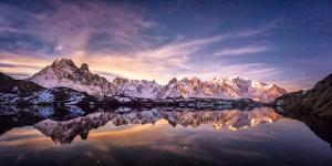 Lac des Cheserys panoramic by Philippe Manguin