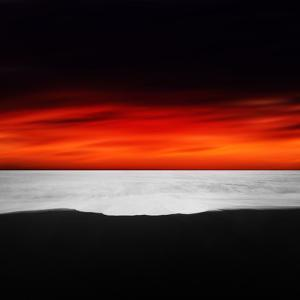 Between Red and Black by Philippe Sainte-Laudy