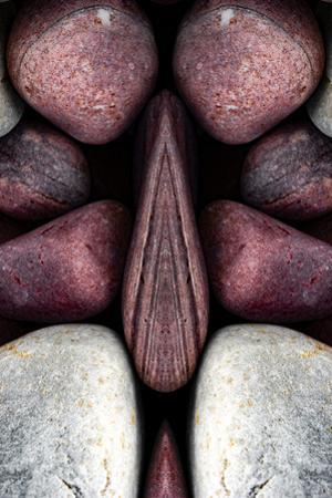Pebbles Optical Illusion by Philippe Sainte-Laudy