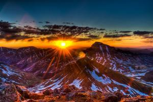 Uncompahgre at Sunrise by Photo by Matt Payne of Portland Oregon