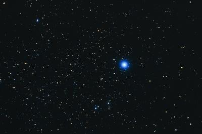 https://imgc.allpostersimages.com/img/posters/photograph-of-the-constellation-lyra-the-harp_u-L-PZJNXB0.jpg?artPerspective=n