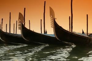 Gondola by PhotoINC