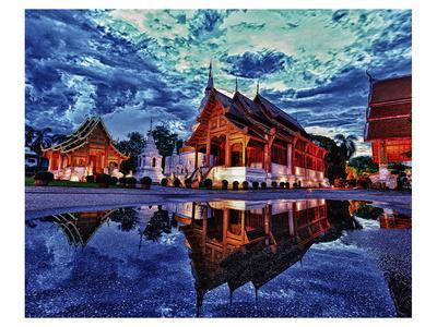 https://imgc.allpostersimages.com/img/posters/phra-singh-temple-chiang-mai_u-L-F7PJKF0.jpg?p=0