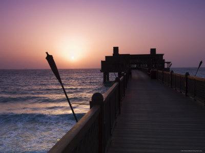 https://imgc.allpostersimages.com/img/posters/pier-at-madinat-jumeirah-hotel-dubai-united-arab-emirates-middle-east_u-L-P1K45H0.jpg?p=0