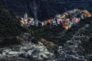 village  -on the rocks- by Piet Flour