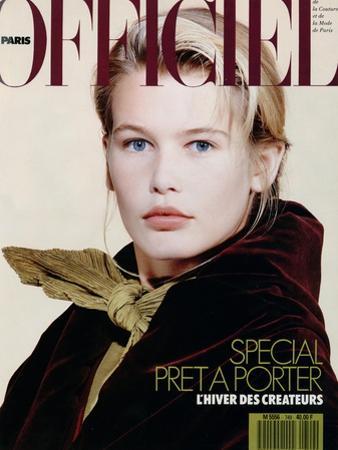 L'Officiel, August 1989 - Claudia Porte un Ensemble de Romeo Gigli by Pietro Privitera