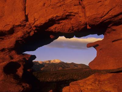 https://imgc.allpostersimages.com/img/posters/pike-s-peak-framed-through-a-rock-window-colorado-usa_u-L-PN6WQT0.jpg?p=0