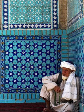 https://imgc.allpostersimages.com/img/posters/pilgrim-at-the-shrine-of-hazrat-ali-who-was-assassinated-in-661-mazar-i-sharif-afghanistan_u-L-P1T8A40.jpg?artPerspective=n