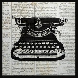 Vintage Typewriter by Piper Ballantyne