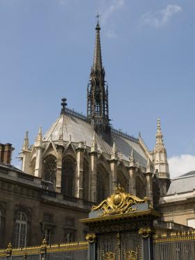 Sainte-Chapelle, Ile De La Cite, Paris, France, Europe by Pitamitz Sergio