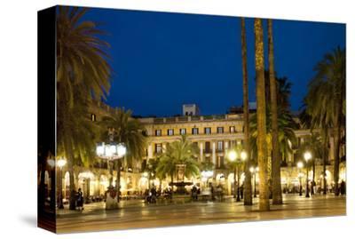 Placa Reial Square, Barcelona, Catalonia, Spain
