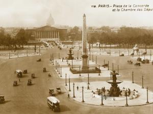 Place De La Concorde, Paris, France. a Little More Traffic to Be Expected Nowadays!!