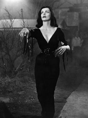 Plan 9 From Outer Space, Vampira, 1959