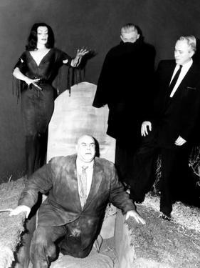 Plan 9 From Outer Space, Vampira, Tor Johnson, Dr. Tom Mason (Bela Lugosi's Double), Criswell, 1959