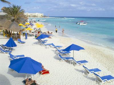 https://imgc.allpostersimages.com/img/posters/playa-del-carmen-yucatan-mexico-north-america_u-L-P1TBLU0.jpg?p=0
