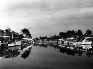 Pleasure Boats on the New River, 1937