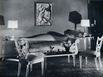 https://imgc.allpostersimages.com/img/posters/plexiglas-furniture-in-a-1940s-interior-1941_u-L-Q1EFAVK0.jpg?artPerspective=n