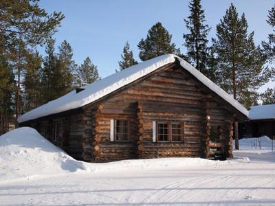 Lapland Log Cabin by pljvv