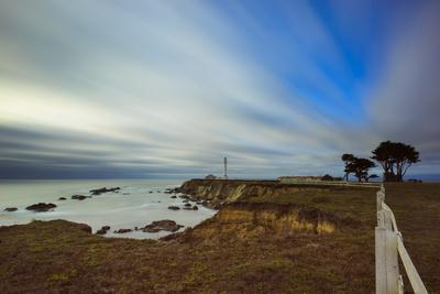 https://imgc.allpostersimages.com/img/posters/point-arena-lighthouse-in-mendocino-county_u-L-Q1BBBGE0.jpg?p=0