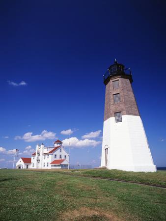 https://imgc.allpostersimages.com/img/posters/point-judith-lighthouse-rhode-island-usa_u-L-PN6MVG0.jpg?artPerspective=n