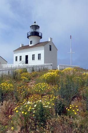 https://imgc.allpostersimages.com/img/posters/point-loma-lighthouse-san-diego-california-usa_u-L-PN70CM0.jpg?p=0