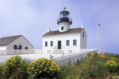 https://imgc.allpostersimages.com/img/posters/point-loma-lighthouse-san-diego-california-usa_u-L-PN70D10.jpg?p=0