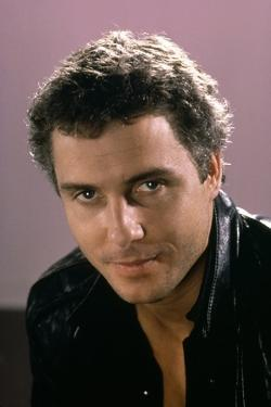 Police Federale Los Angeles TO LIVE AND DIE IN L.A. by Williamm Friedkin with William Petersen(d'ap