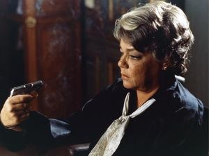 POLICE PYTHON, 1976 directed by ALAIN CORNEAU Simone Signoret (photo)
