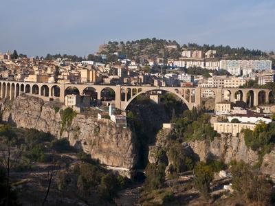https://imgc.allpostersimages.com/img/posters/pont-de-sidi-rached-bridge-constantine-eastern-algeria-algeria-north-africa-africa_u-L-PFKGM10.jpg?p=0