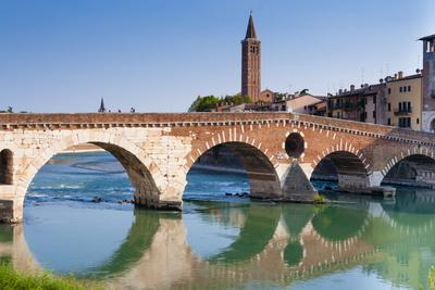 https://imgc.allpostersimages.com/img/posters/ponte-pietra-verona-river-adige-unesco-world-heritage-site-veneto-italy-europe_u-L-PQ8RXN0.jpg?p=0