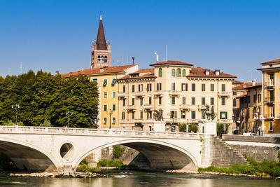 https://imgc.allpostersimages.com/img/posters/ponte-vittoria-river-adige-verona-unesco-world-heritage-site-veneto-italy-europe_u-L-PQ8MGN0.jpg?p=0